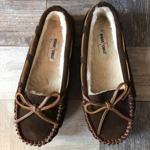 Minnetonka Girls Cassie slipper Moccasin Sz 3 kids